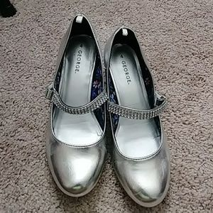 Big girls gently used silver Dress shoes....